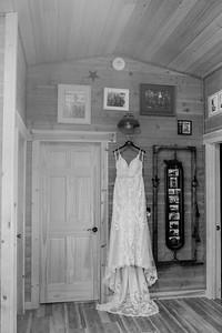 00009©ADHPhotography2020--ChessneyMarcasEckhardt--Wedding--June13bw