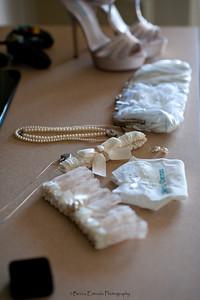Becca Estrada Photography - Deines Wedding - Getting Ready -  (26)