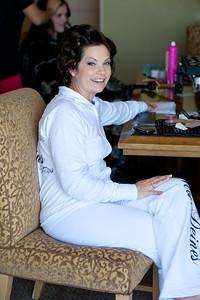 Becca Estrada Photography - Deines Wedding - Getting Ready -  (21)