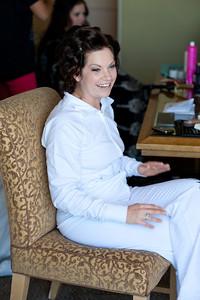 Becca Estrada Photography - Deines Wedding - Getting Ready -  (22)