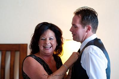 Becca Estrada Photography - Deines Wedding - Getting Ready -  (31)
