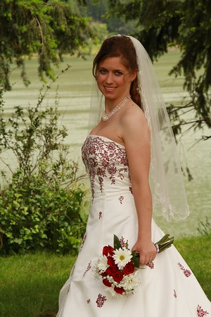 Bride by the river (2)