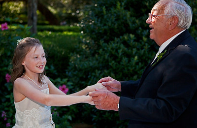 Vivian & Grandpa_3940