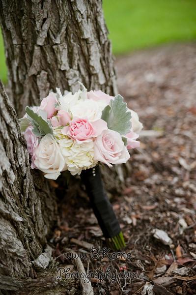 BrideGroomFamily_TomMegan_BKeenePhotography_041