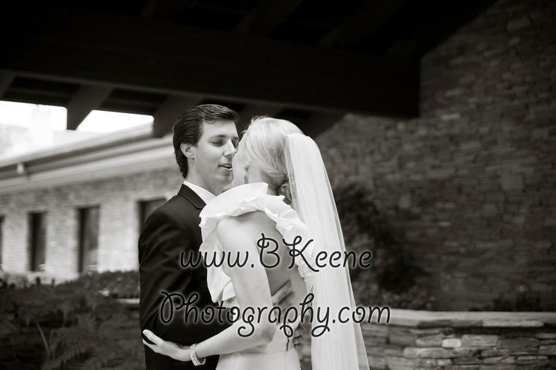 BrideGroomFamily_TomMegan_BKeenePhotography_022