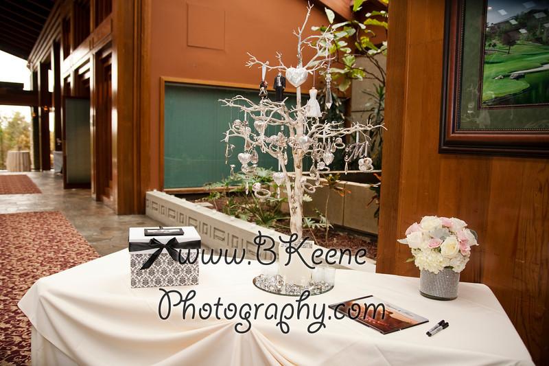 BrideGroomFamily_TomMegan_BKeenePhotography_024