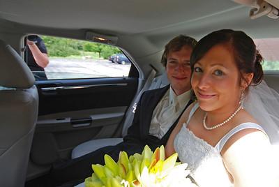 Megan and Matt, Farmington, NY. Copyright © 2009 Alex Emes