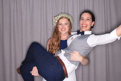 Melina and Sara