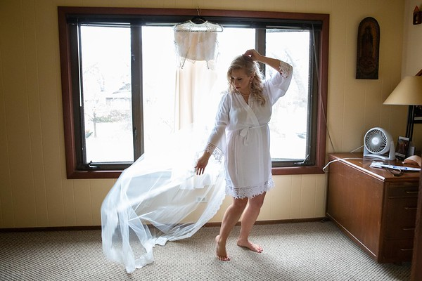 01MK Bride Prep