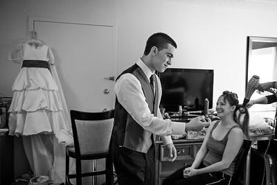 Mike&Jess_Wedding_BridePrep-029