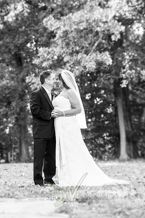 2015-10-10 Michelle + Kirk Wedding - 202-Edit bw