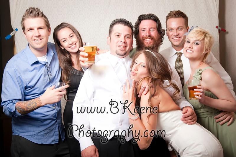 BK_2011_MikeSabrina_Wedding_PhotoBooth020
