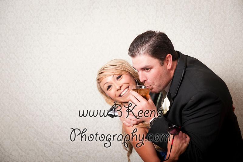 BK_2011_MikeSabrina_Wedding_PhotoBooth011