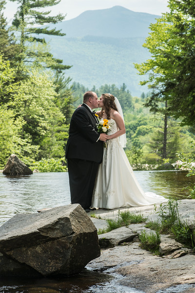 Mike&Mary Ellen Jackson Falls/Eagle Mountain Inn