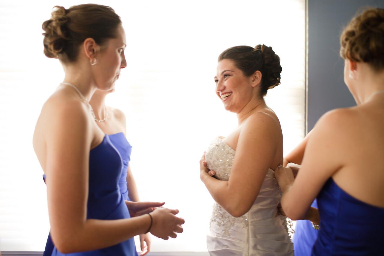 01 - Bride Getting Ready-0034