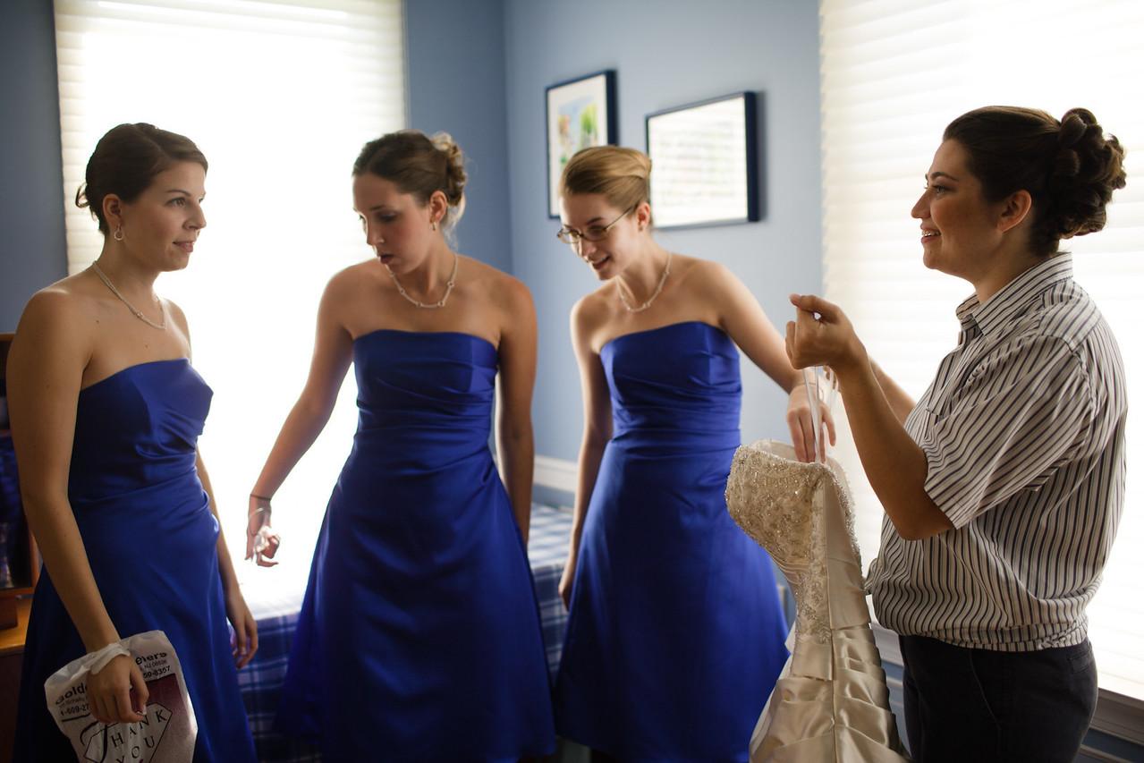 01 - Bride Getting Ready-0030