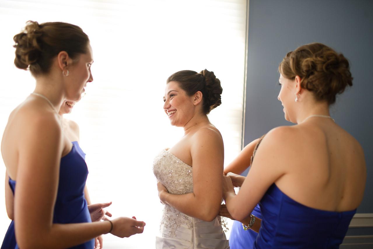 01 - Bride Getting Ready-0035