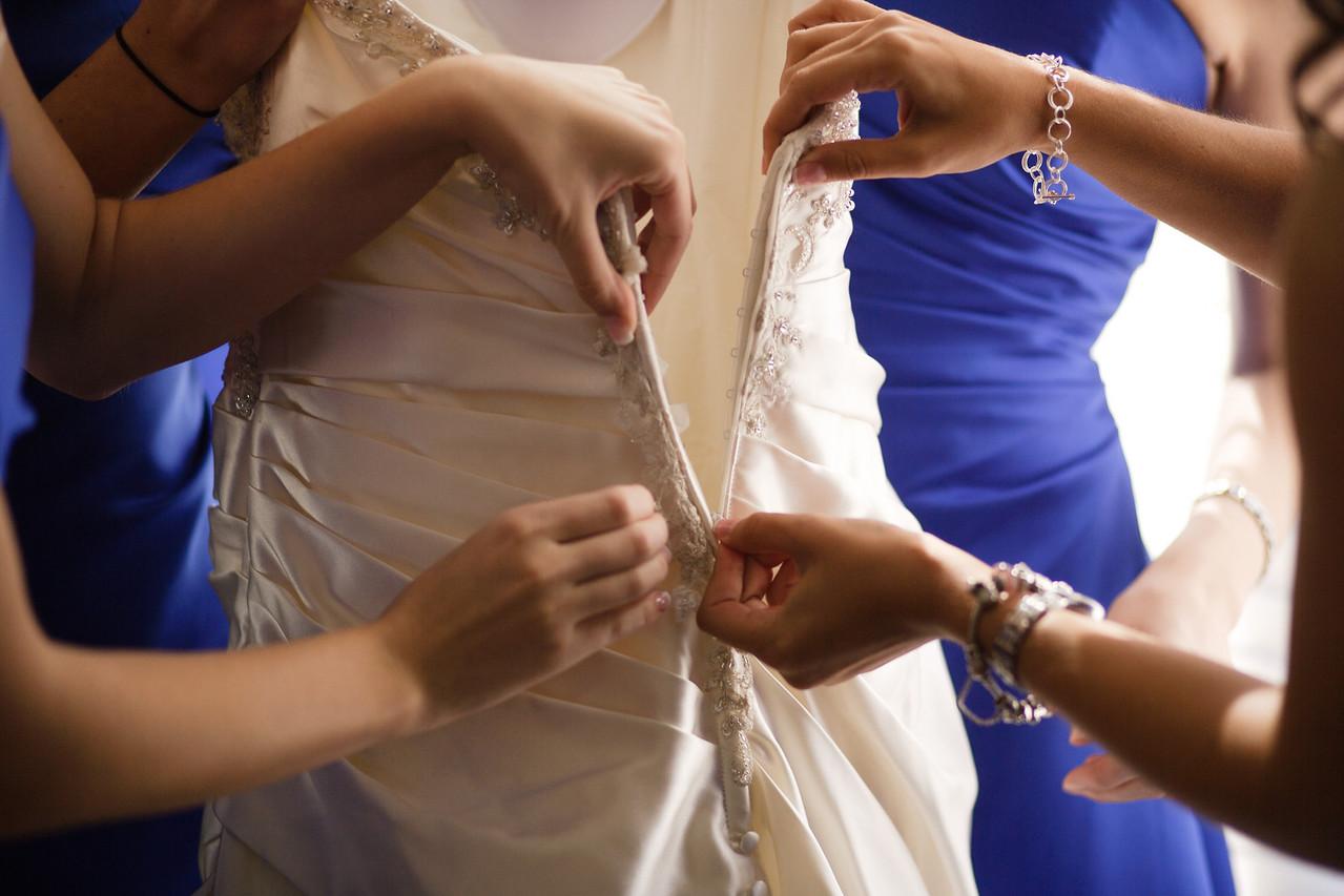 01 - Bride Getting Ready-0031