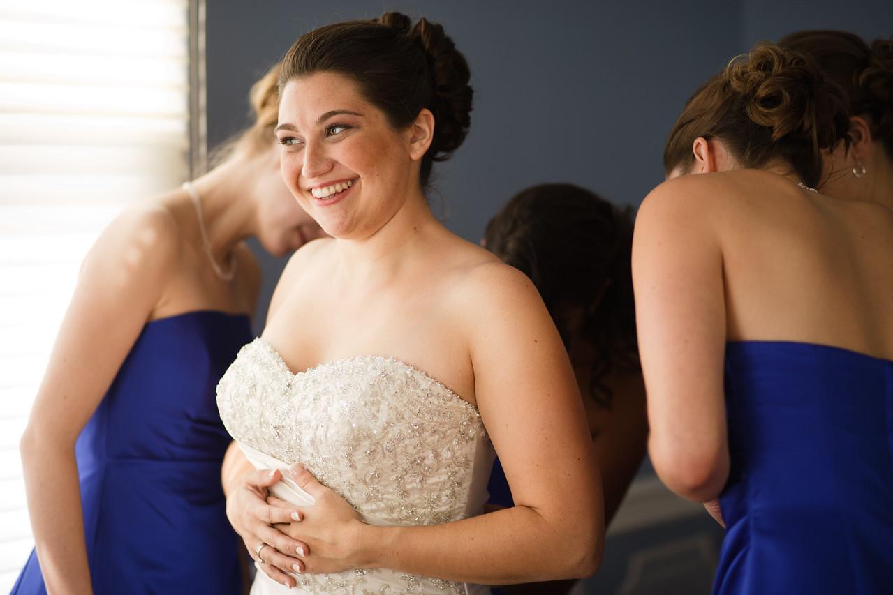 01 - Bride Getting Ready-0039