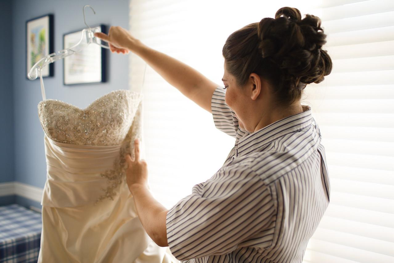01 - Bride Getting Ready-0026