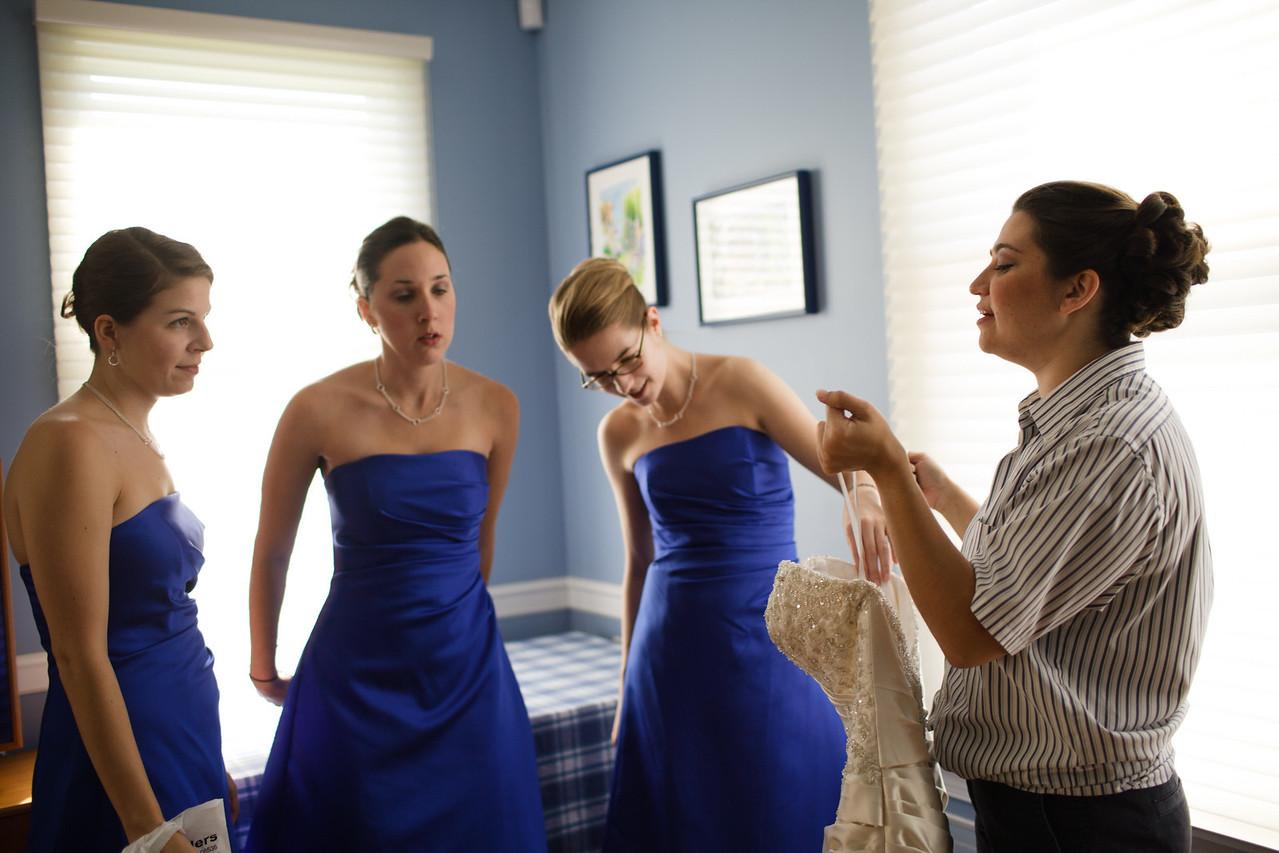 01 - Bride Getting Ready-0029