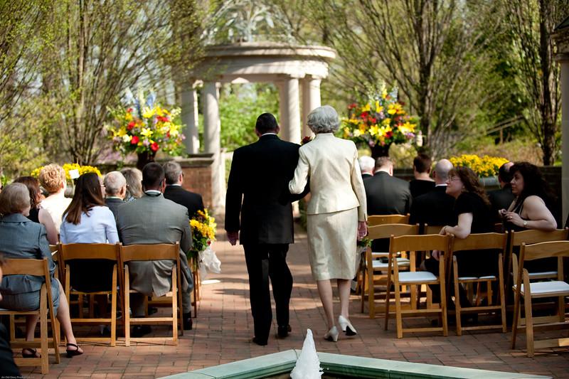 Mitchell Wedding 4 3 10-294