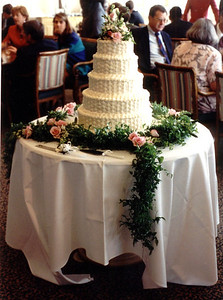Jenny wed cake