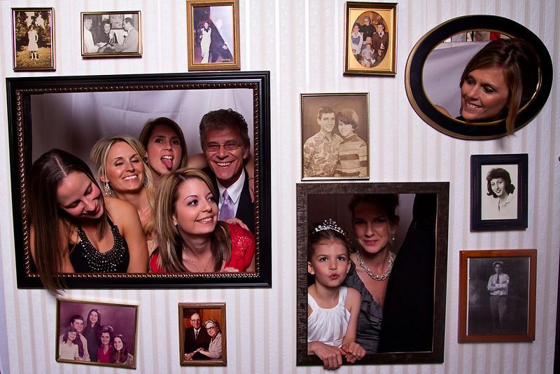 Mona-Photobooth-03272010-21