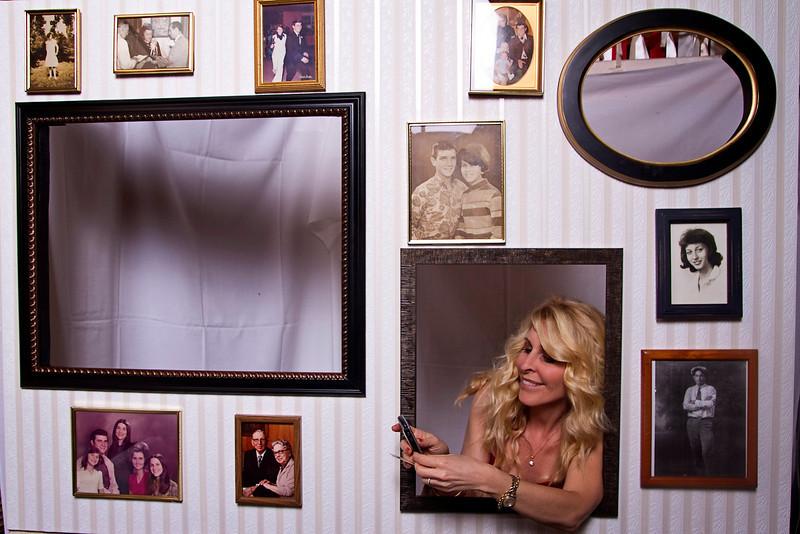 Mona-Photobooth-03272010-18