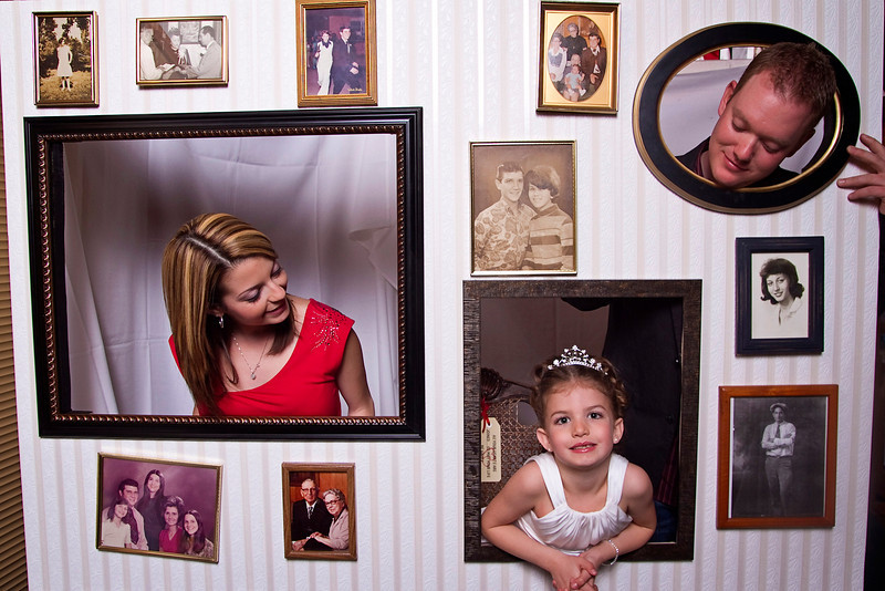 Mona-Photobooth-03272010-40