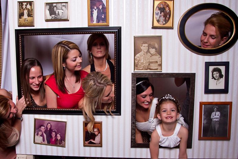 Mona-Photobooth-03272010-38