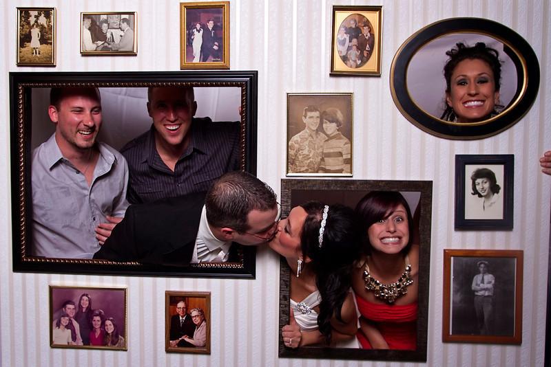 Mona-Photobooth-03272010-10