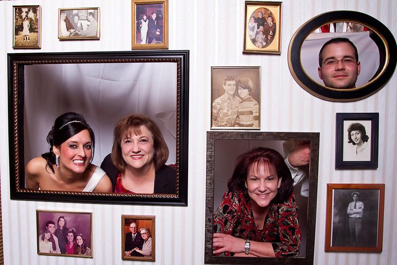 Mona-Photobooth-03272010-63