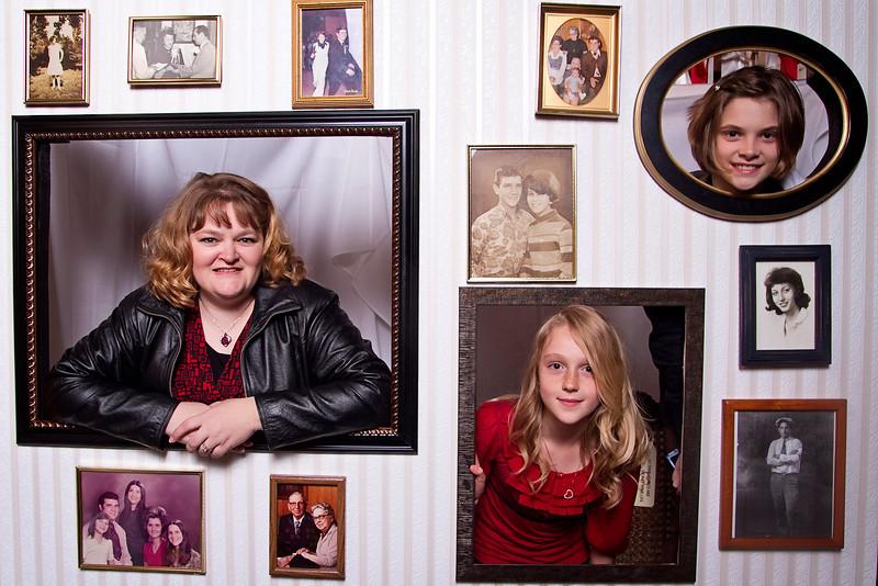 Mona-Photobooth-03272010-72