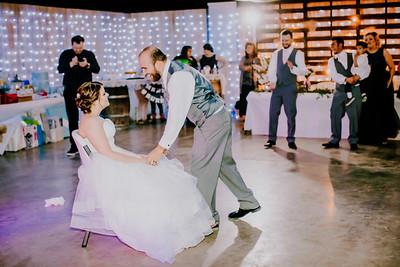 04325--©ADHPhotography2018--MorganBurrellJennaEdwards--Wedding--2018April21