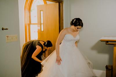 00477--©ADHPhotography2018--MorganBurrellJennaEdwards--Wedding--2018April21