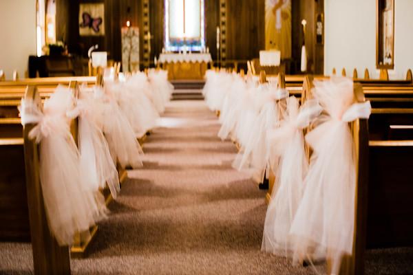 00009--©ADHPhotography2018--MorganBurrellJennaEdwards--Wedding--2018April21