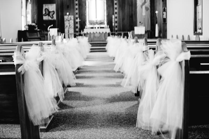 00008--©ADHPhotography2018--MorganBurrellJennaEdwards--Wedding--2018April21