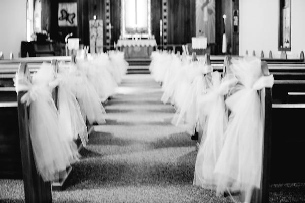 00010--©ADHPhotography2018--MorganBurrellJennaEdwards--Wedding--2018April21