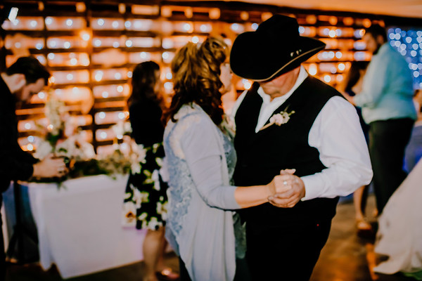 04259--©ADHPhotography2018--MorganBurrellJennaEdwards--Wedding--2018April21
