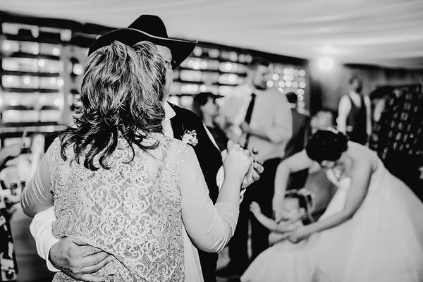 04256--©ADHPhotography2018--MorganBurrellJennaEdwards--Wedding--2018April21