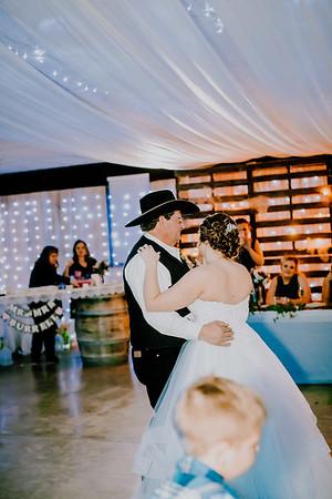 04131--©ADHPhotography2018--MorganBurrellJennaEdwards--Wedding--2018April21