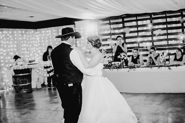 04128--©ADHPhotography2018--MorganBurrellJennaEdwards--Wedding--2018April21