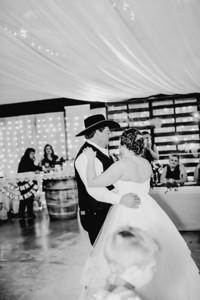 04132--©ADHPhotography2018--MorganBurrellJennaEdwards--Wedding--2018April21