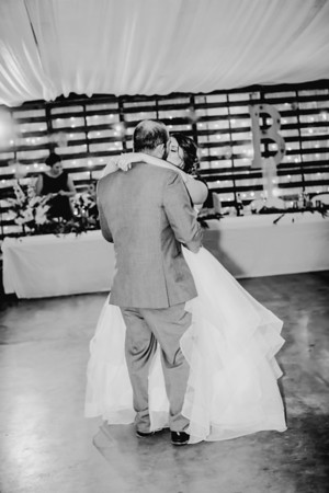 04064--©ADHPhotography2018--MorganBurrellJennaEdwards--Wedding--2018April21
