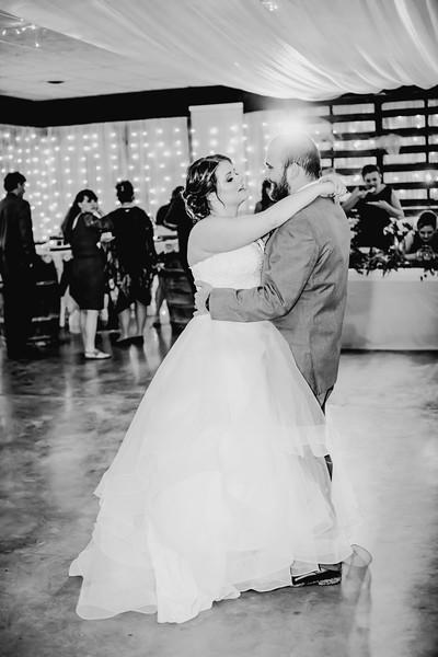 04062--©ADHPhotography2018--MorganBurrellJennaEdwards--Wedding--2018April21