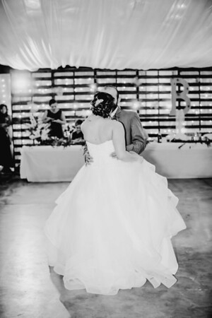 04060--©ADHPhotography2018--MorganBurrellJennaEdwards--Wedding--2018April21