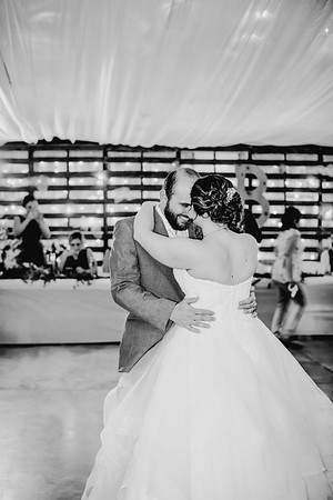 04070--©ADHPhotography2018--MorganBurrellJennaEdwards--Wedding--2018April21
