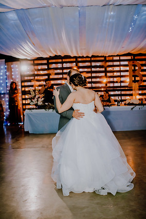 04055--©ADHPhotography2018--MorganBurrellJennaEdwards--Wedding--2018April21