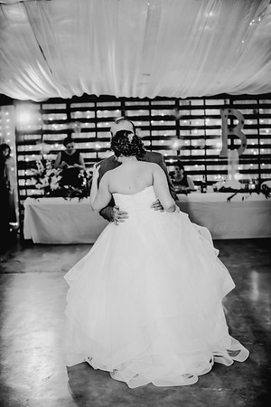 04058--©ADHPhotography2018--MorganBurrellJennaEdwards--Wedding--2018April21